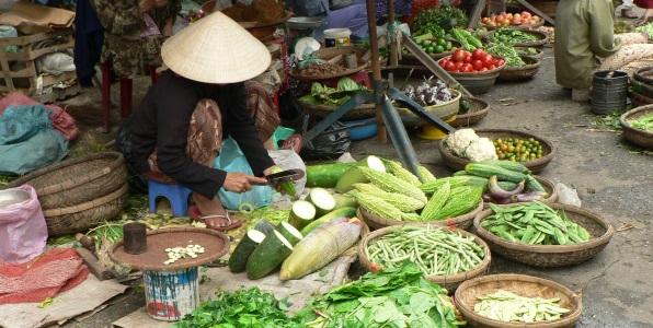 vietnam-hanoi market