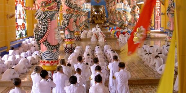 Vietnam cao dai temple