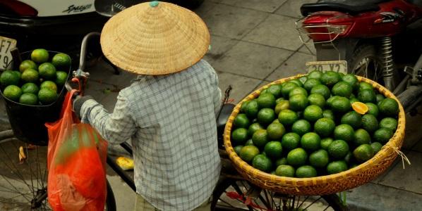 Vietnam market woman