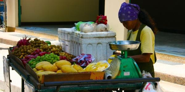 thaise fruitverkoopster