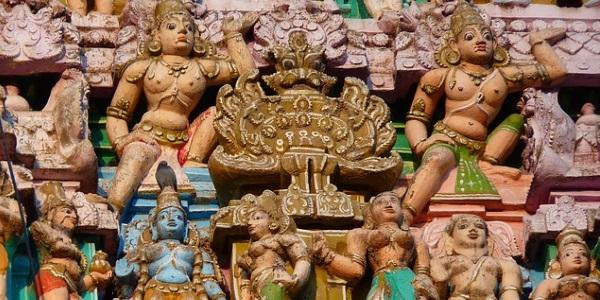 tempel-figuren-india