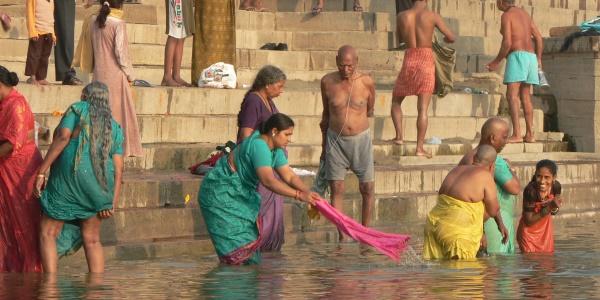 ganges-varanasi-india