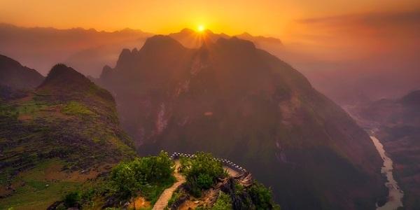 Zonsondergang landschap Vietnam
