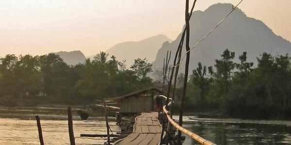 Bamboe brug Laos